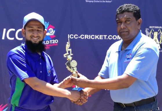 Patel receives an award in Botswana